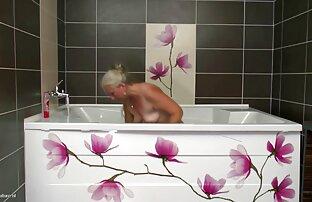 बड़ी प्राकृतिक सनी लियोन सेक्सी वीडियो फुल मूवी स्तन के साथ एक खूबसूरत महिला की सुबह हस्तमैथुन