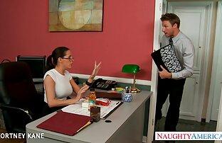 रेडहेड, छात्र के सामने एक भ्रमित स्थिति सनी लियोन की नंगी सेक्सी मूवी जो कभी संतुष्ट नहीं होती है