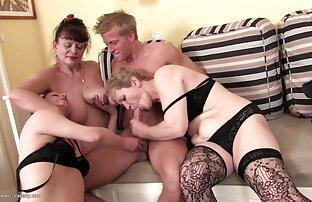 किशोर सनी लियोन की सेक्सी मूवी एचडी सेक्स नरम बिल्ली और एक उंगली के साथ हस्तमैथुन