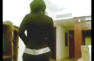 युवा सनी लियोन का बीएफ फुल एचडी मूवी समलैंगिक गुदा के साथ रबर